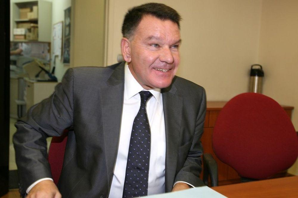 Κούγιας στο Onsports: «Δύο μηνύσεις και μία αγωγή σε Καϋμενάκη»