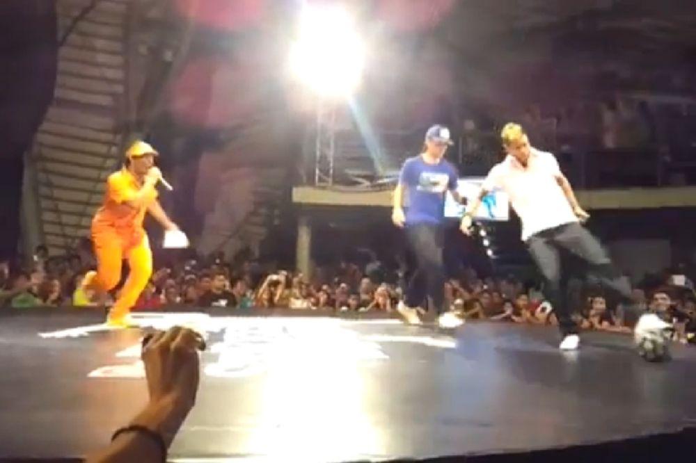 Ο Νεϊμάρ είναι... freestyle! (video)