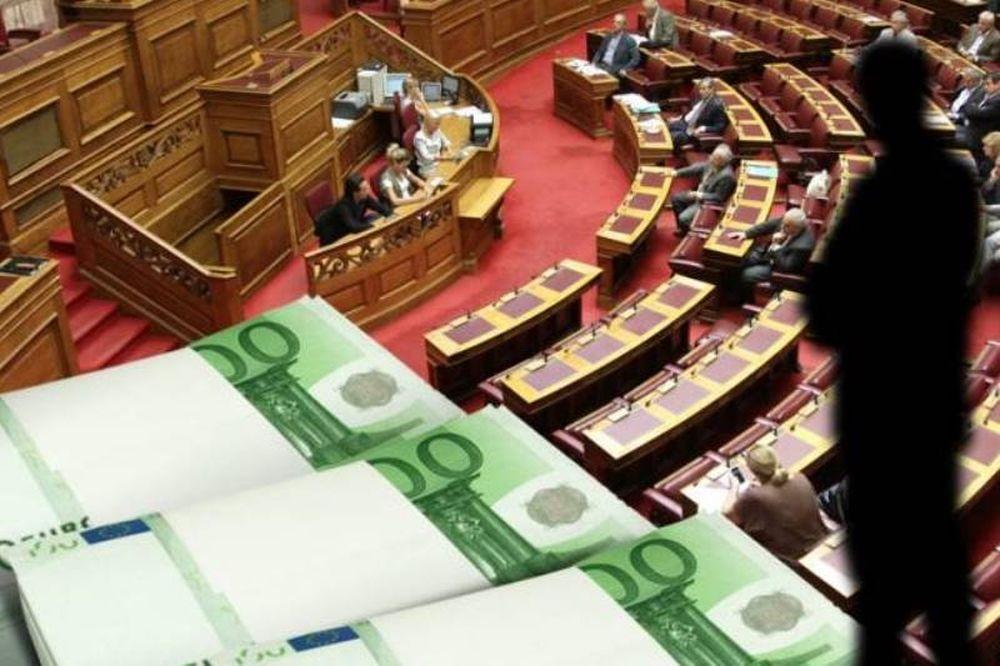 Βουλευτής «φυγάδευσε» 1 εκατ. ευρώ στο εξωτερικό