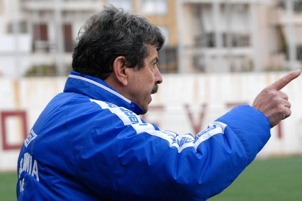 Πετράκης: «Δεν σκοράρουμε και χάνουμε»