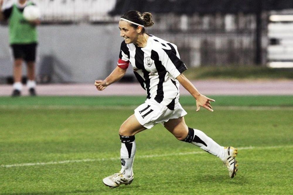 Παντελιάδου: «Ανεβαίνει επίπεδο το γυναικείο ποδόσφαιρο»