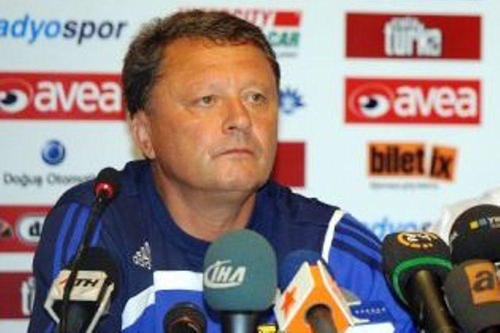 Μάρκεβιτς: «Το φαβορί είναι ο Ολυμπιακός...»