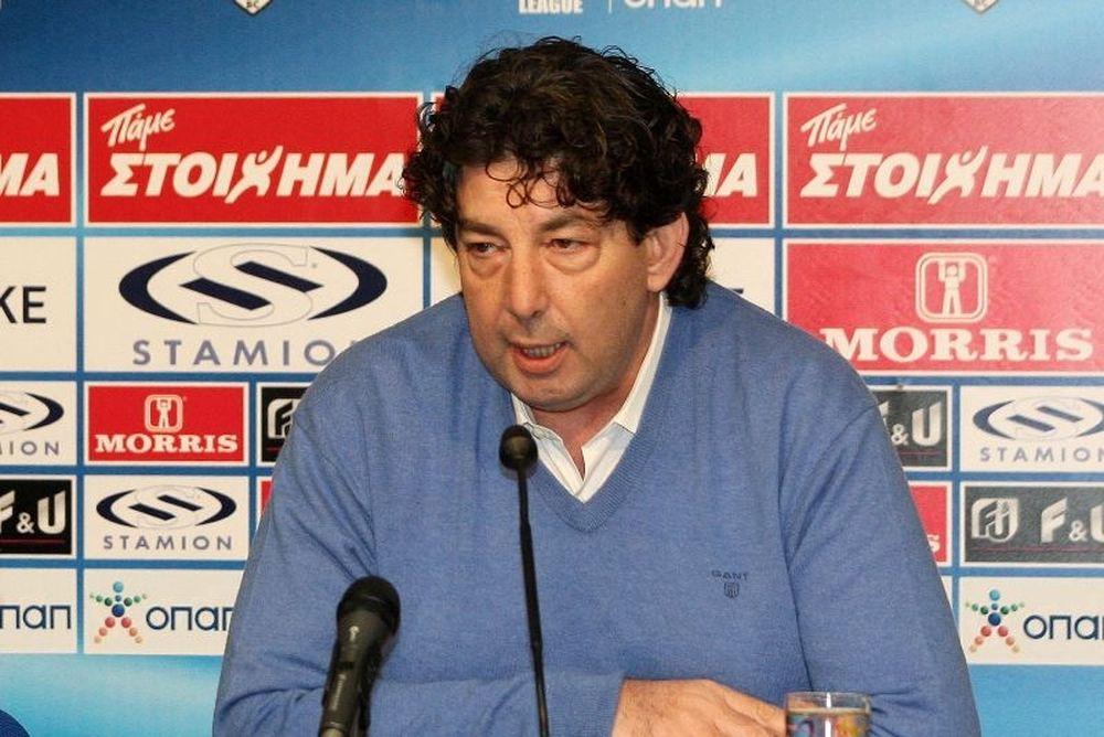 Γαλατσόπουλος: «Έχει απαξιωθεί το μπάσκετ»