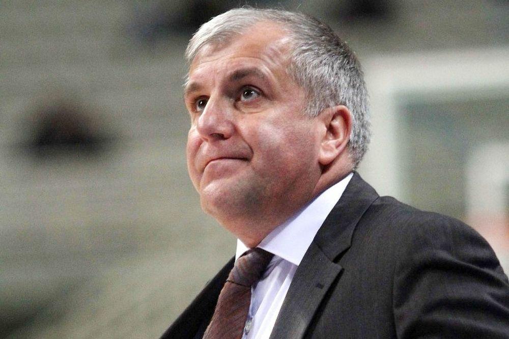 Ομπράντοβιτς: «Παίζουμε πολύ άσχημα εντός»