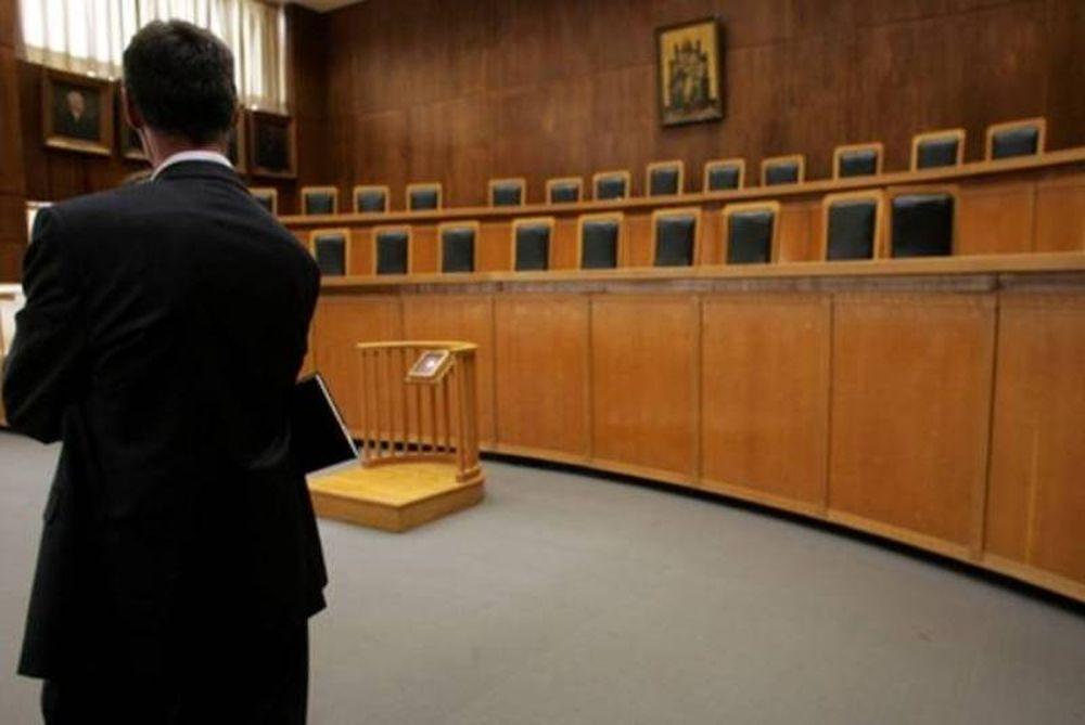 Απεργούν οι δικηγόροι