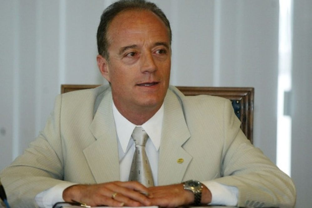 Τεβεκέλης: «Κάκος ή Τριτσώνης για το ντέρμπι»