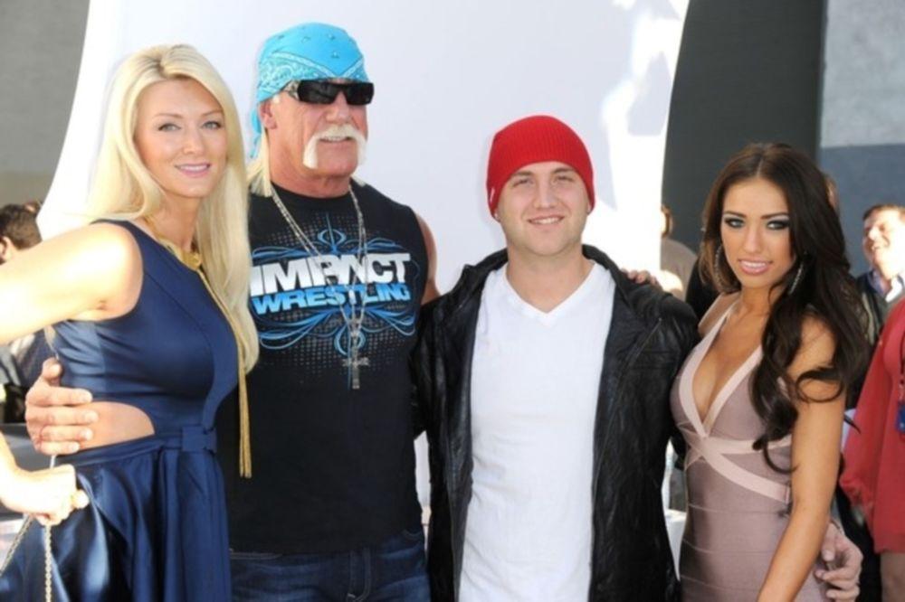 Σε... ερωτική ταινία ο Hulk Hogan