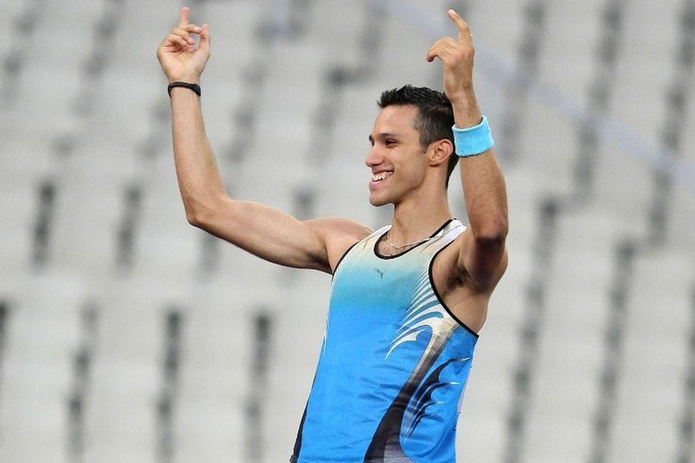 Πέρασε τα 5.70 και συνεχίζει ο Φιλιππίδης!