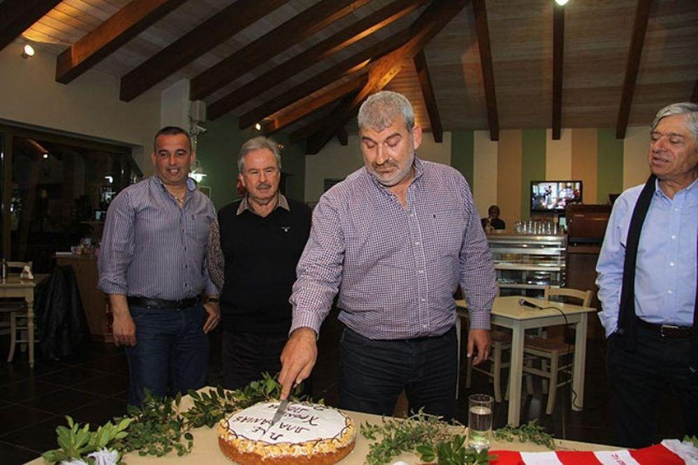 Έκοψε την πίτα του ο Πλατανιάς (photos)