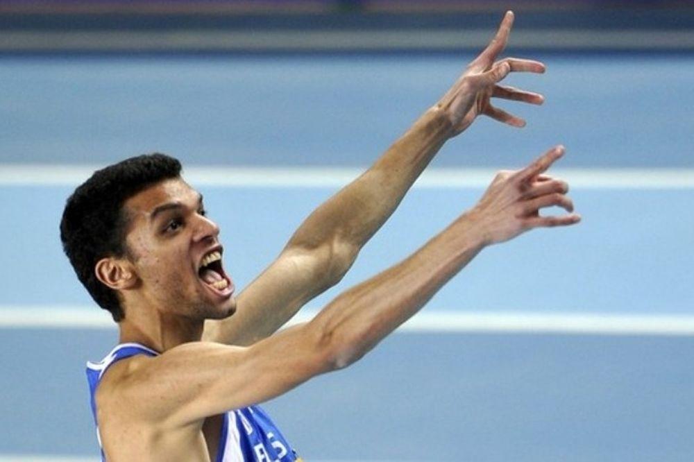 Χρυσό ο Χονδροκούκης με 2,33μ.!