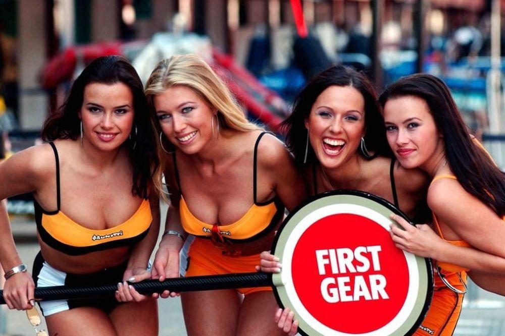 Τα κορίτσια της F1 βάζουν φωτιά στην… άσφαλτο