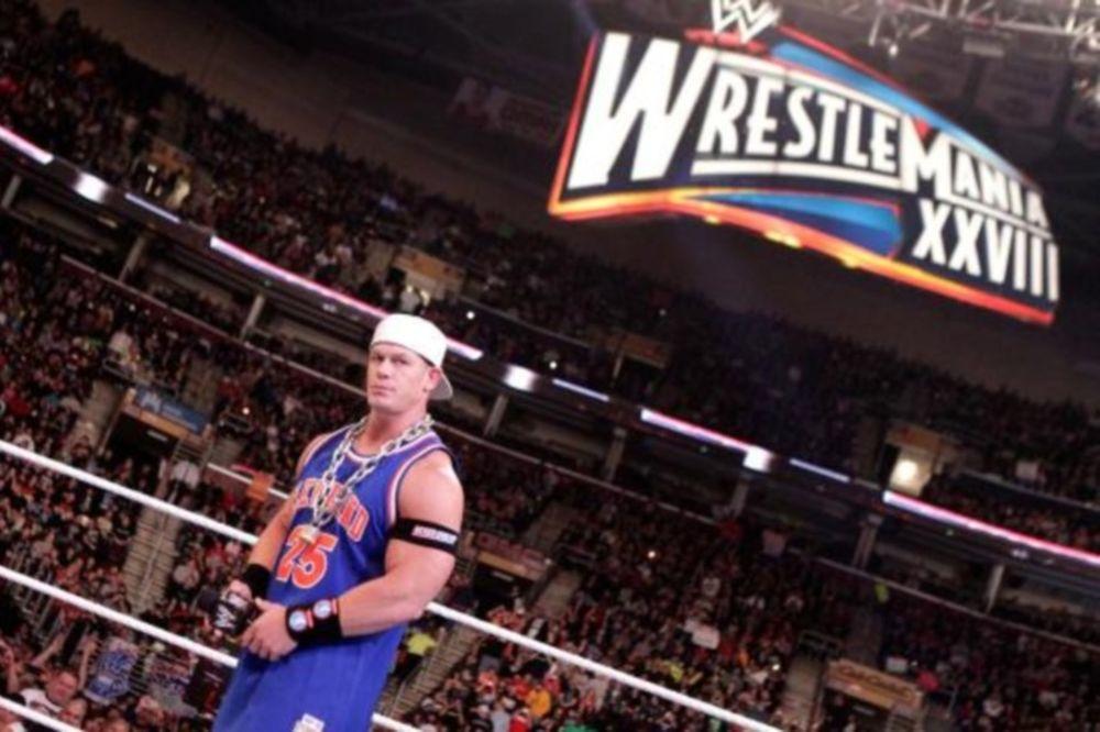 Δύο… συναυλίες στο Raw