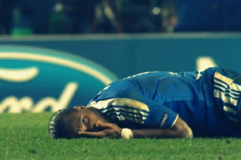 And the oscar goes to... Drogba! (video)