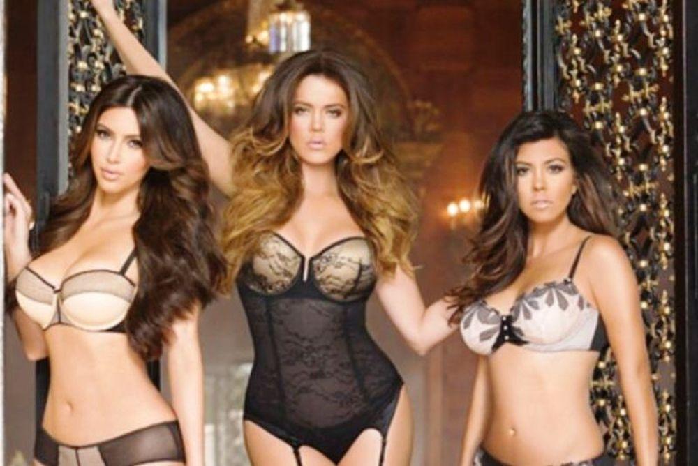 Φωτογραφήθηκαν με τα εσώρουχά τους οι αδερφές Kardashian
