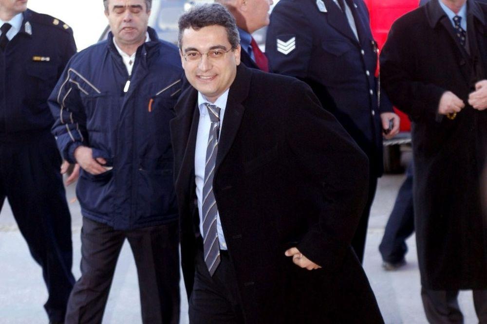Βαλασόπουλος: «Δεν θα αφήσουν την ΑΕΚ να βουλιάξει»