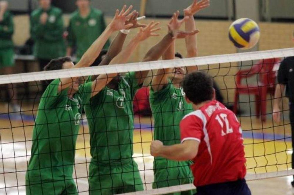 Ξεκίνημα με νίκες για Ολυμπιακό, Πανελλήνιο