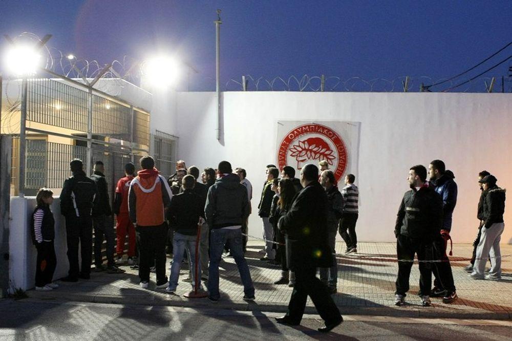Οπαδικές… ντόπες στον Ολυμπιακό (photos)