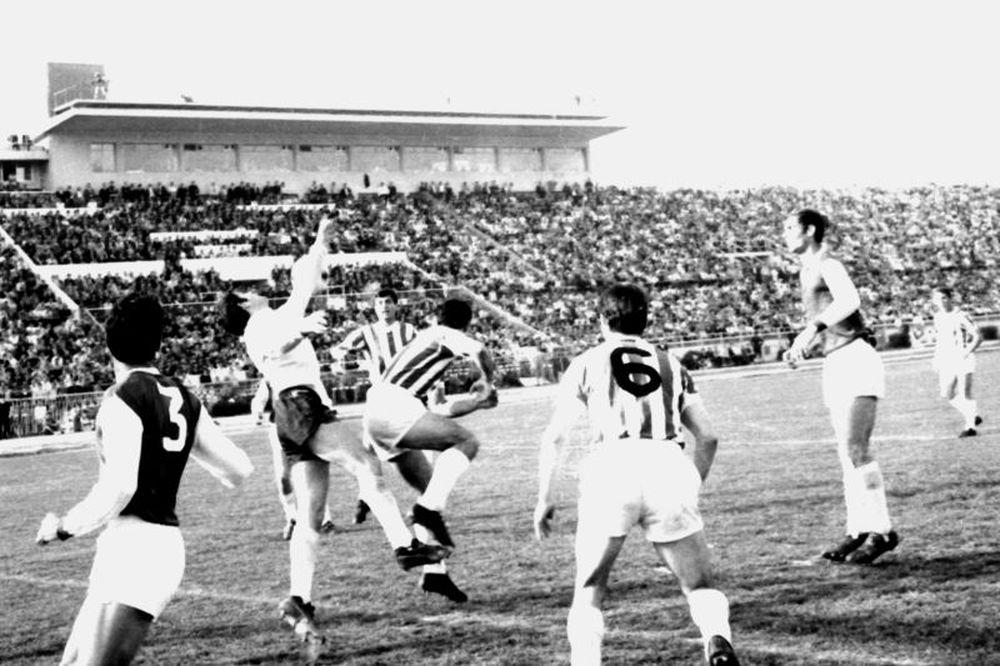 Τα ντέρμπι Παναθηναϊκός-Ολυμπιακός από το 1960-1980 με ένα κλικ (photos)