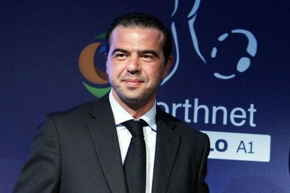 Μπέκιος: «Η NOVA τηρεί τους κανονισμούς της FIFA και της UEFA»