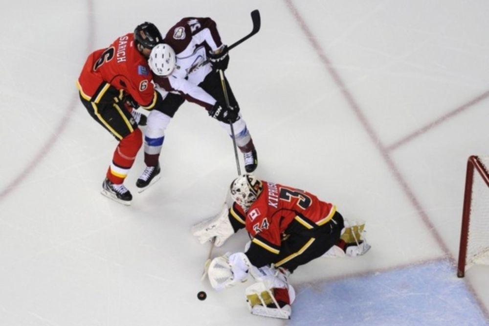 «Ζωντανοί» με Varlamov