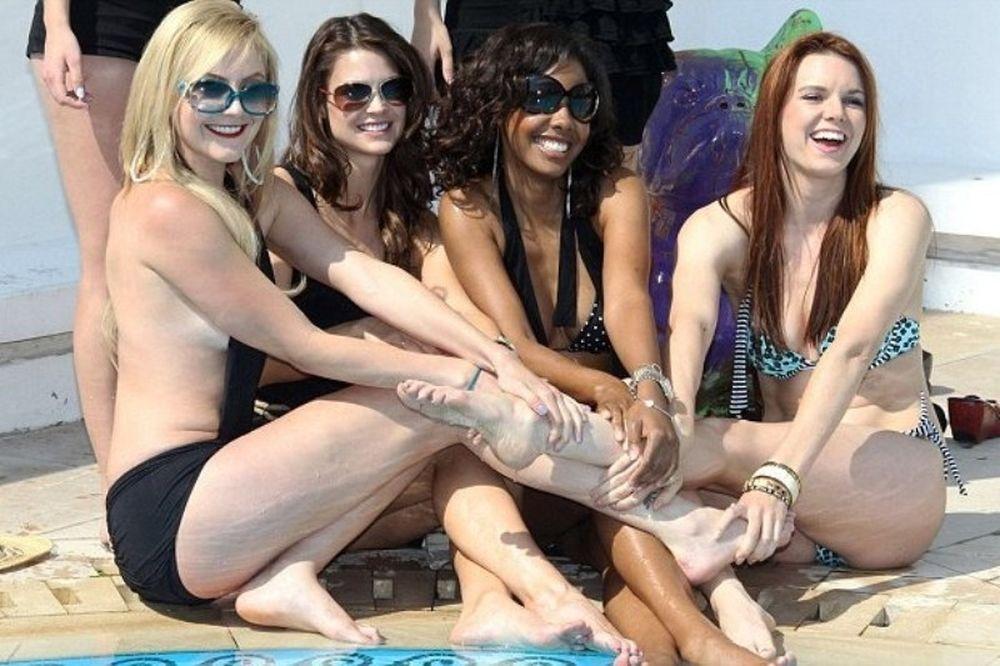 Οι σταρ του Femme Fatales ξεφαντώνουν στις Κάννες!