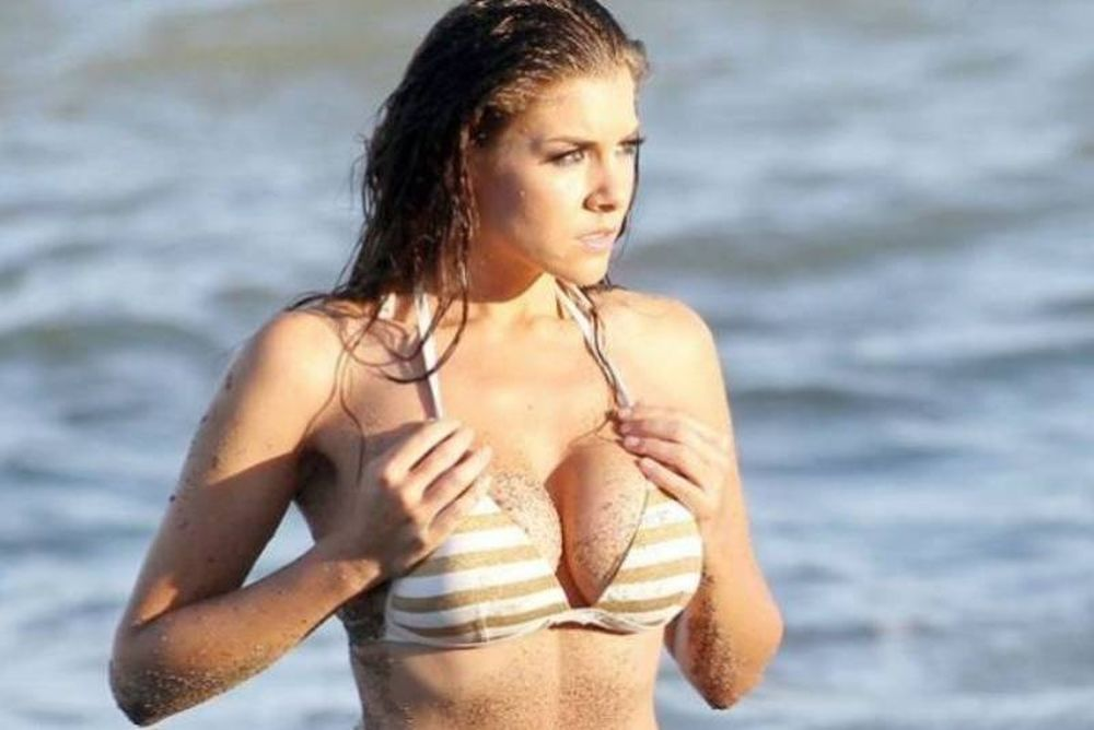 H εκρηκτική Imogen Thomas (photos)