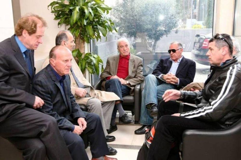 Διευκρινίζουν οι παλαίμαχοι για Βγενόπουλο