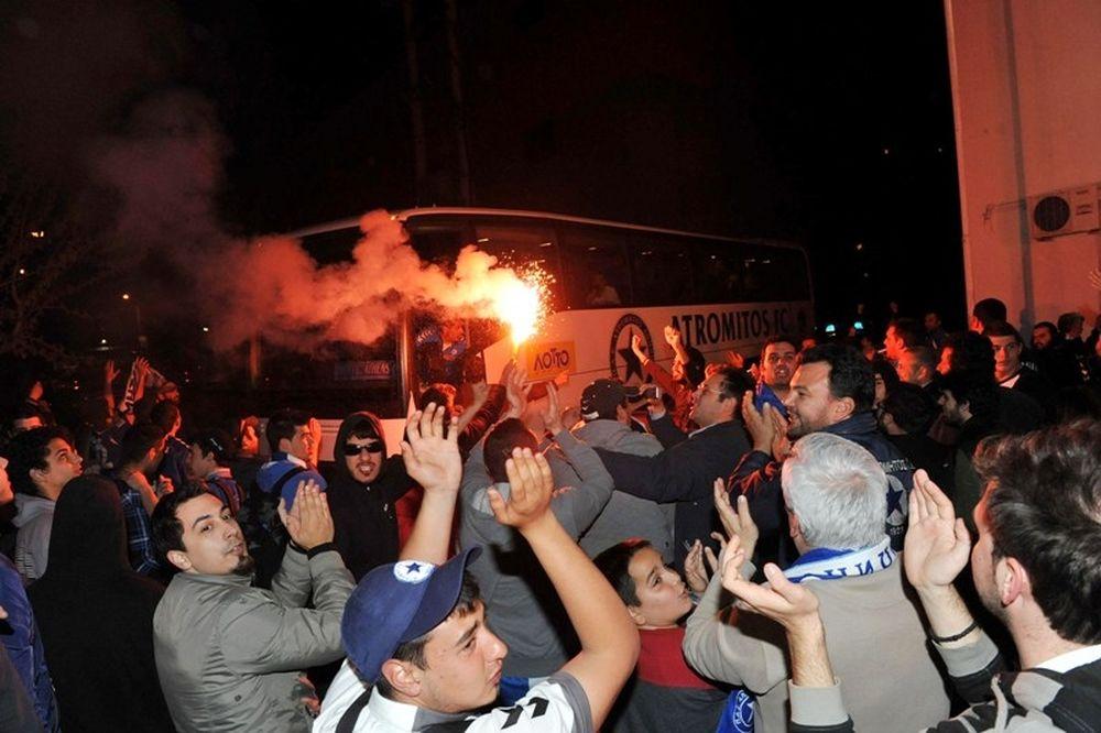 «Κυανόλευκη» αποθέωση στο Μαζαράκη! (photos)