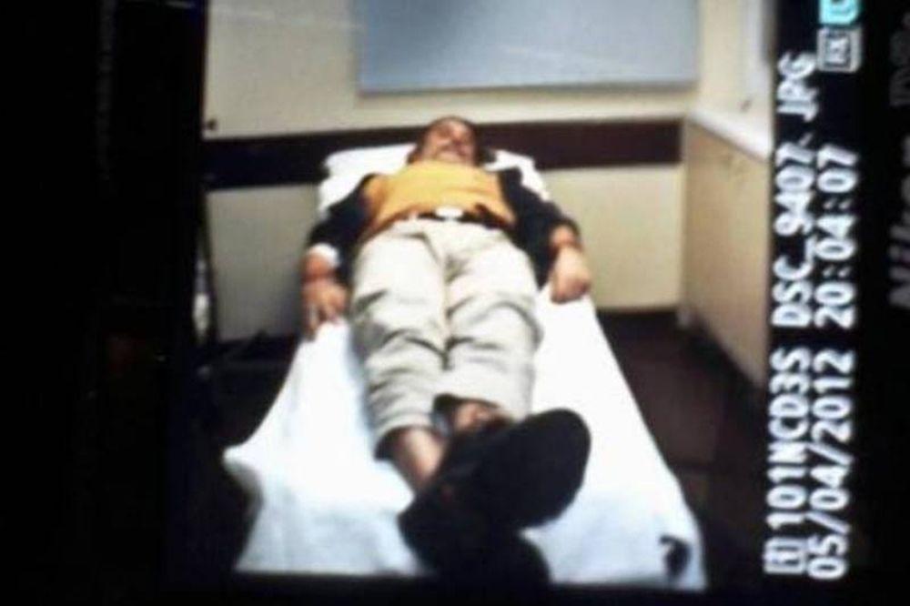 Ο φωτορεπόρτερ, Μάριος Λώλος στο νοσοκομείο