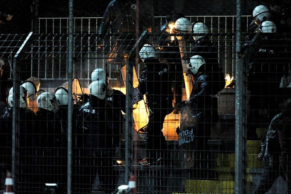 Σοβαρά εγκαύματα στο πρόσωπο αστυνομικού από μολότοφ στα Γιάννινα!