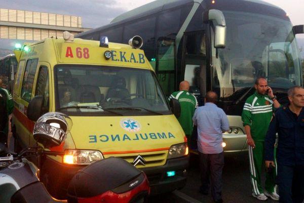 Η μεταφορά των Περπέρογλου-Σμιθ στο νοσοκομείο (photos)