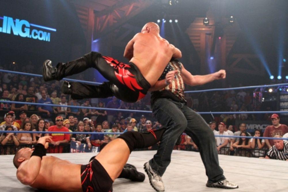 Πυροδοτείται το κλίμα στο Impact Wrestling