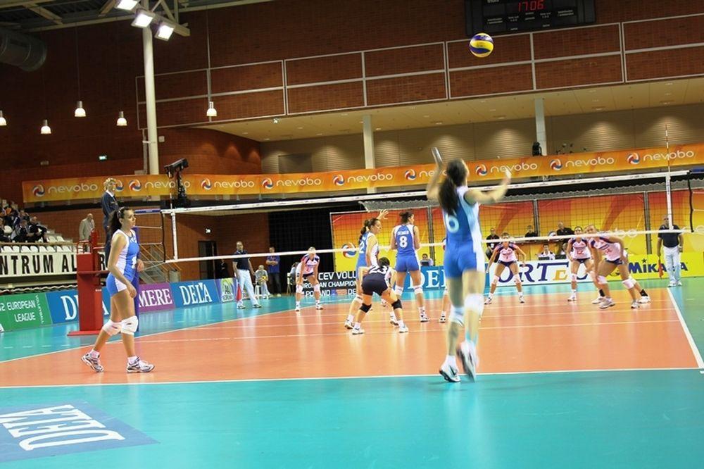 Βόλεϊ: Έχασαν οι γυναίκες με 3-2 από την Τσεχία