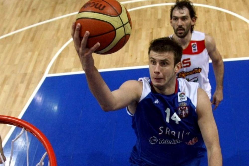 Βελίτσκοβιτς: «Να τελειώσουμε τη σειρά στη Μαδρίτη»