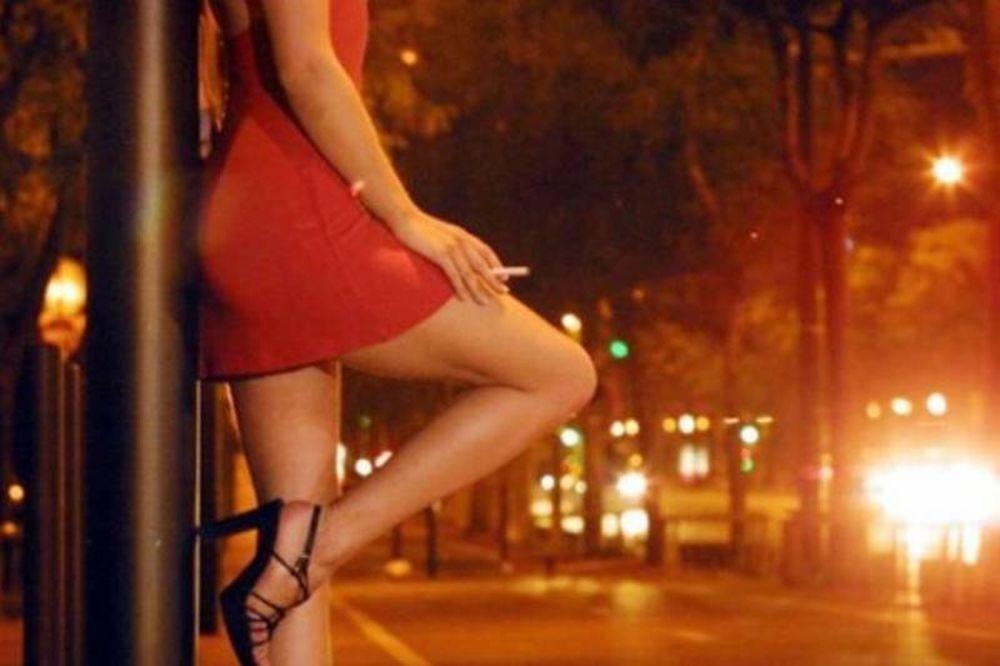 Προσαγωγές ιερόδουλων στο κέντρο της Αθήνας