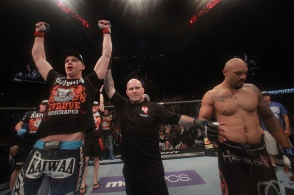 Heavyweight main event στο UFC on Fuel TV 5