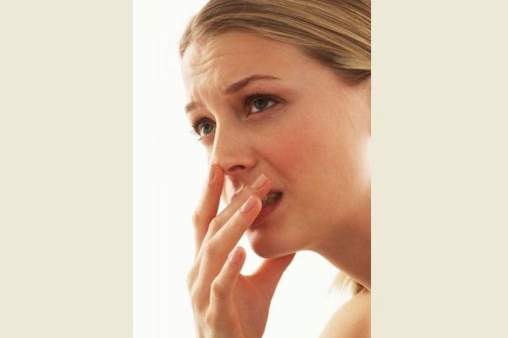 Πώς να απαλλαγείτε από την κακοσμία του στόματος