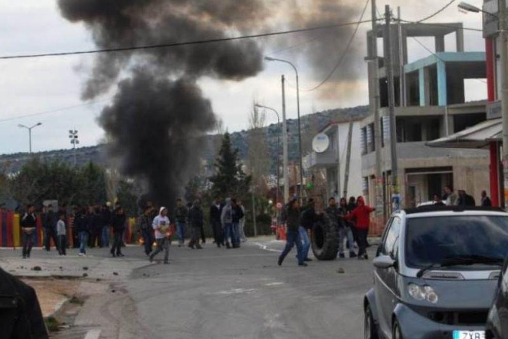 Τραυματισμοί αστυνομικών από αθίγγανους και ένταση στα Άνω Λιόσια