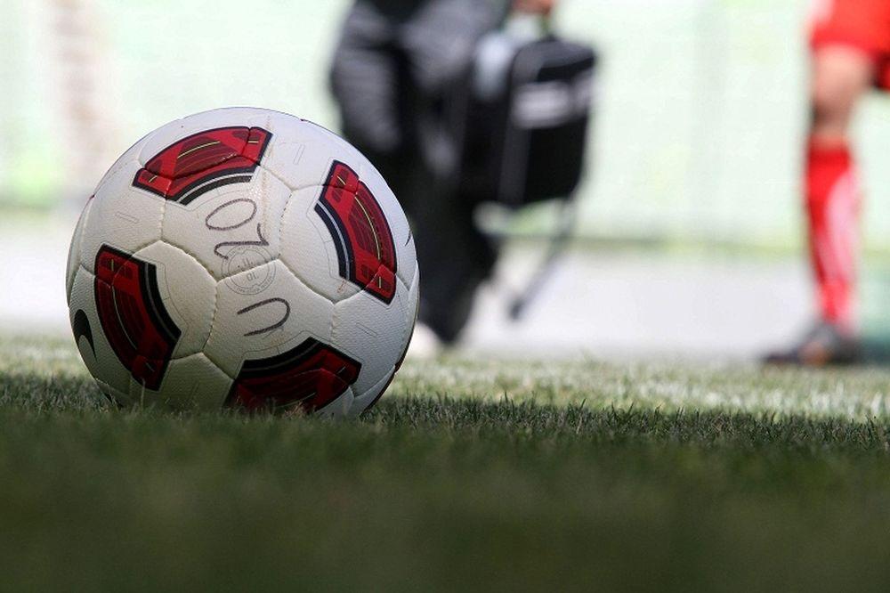 «Εμφύλιος» στη μάχη της παραμονής στη Football League 2