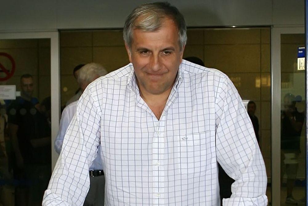 «Μακριά από τους πάγκους ο Ομπράντοβιτς»