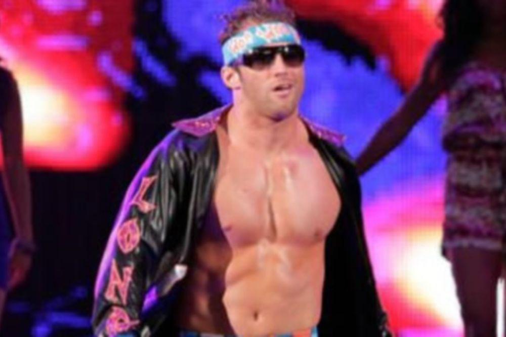 Εντός έδρας νίκη του Zack Ryder στο Superstars