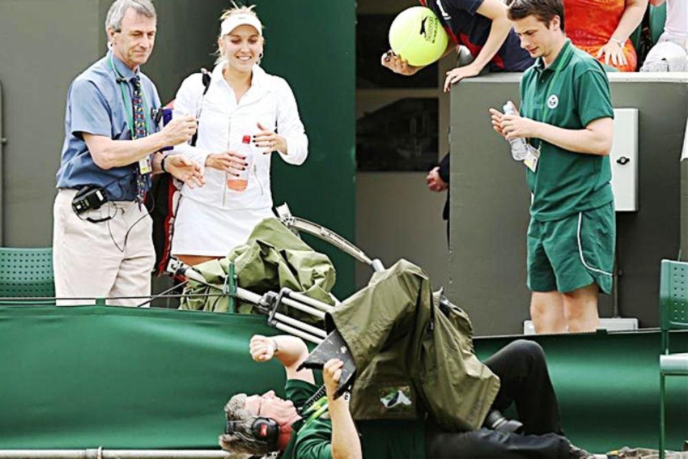 Η πτώση του cameraman (video)