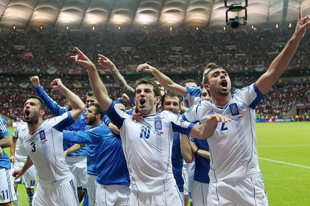 Η Εθνική ποδοσφαίρου στηρίζει Ελλάδα!