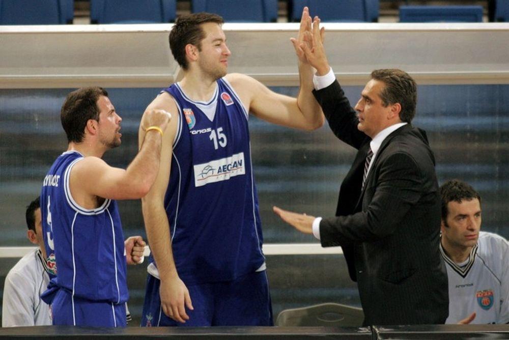 Βουγιούκας: «Εξαιρετικός προπονητής ο Πεδουλάκης»