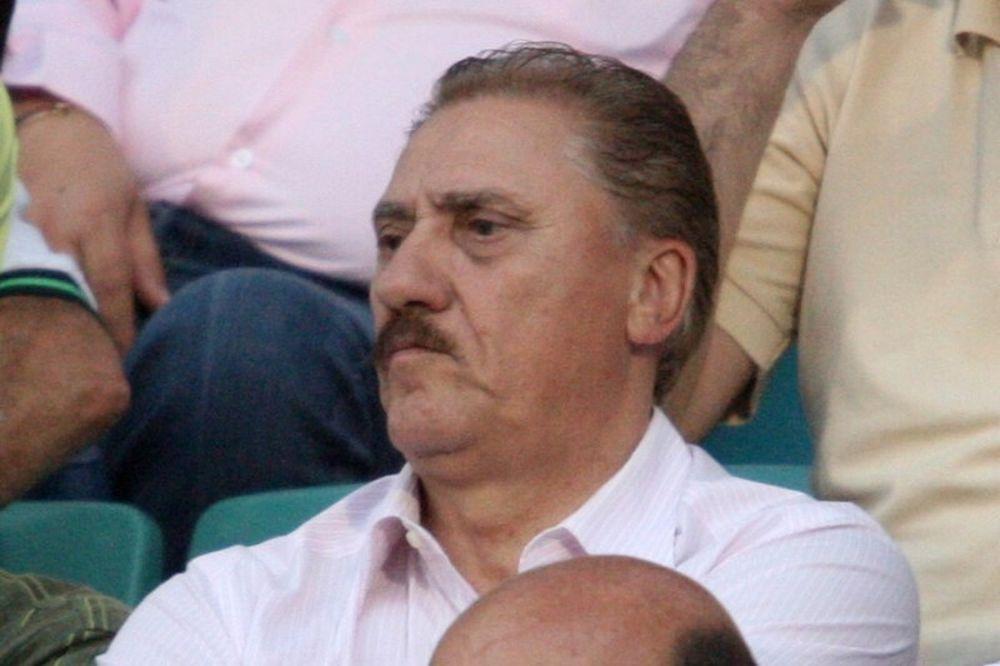 Απαντά ο Ματζουράκης στην ΑΕΛ Καλλονής