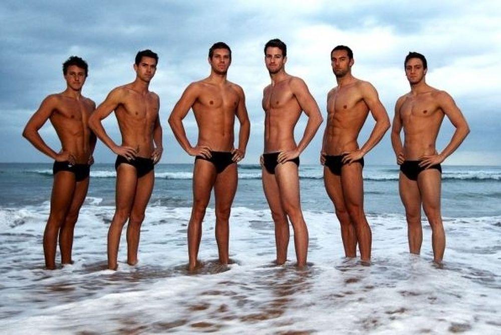 Νέοι, ωραίοι και δεν είναι... gay (photos)