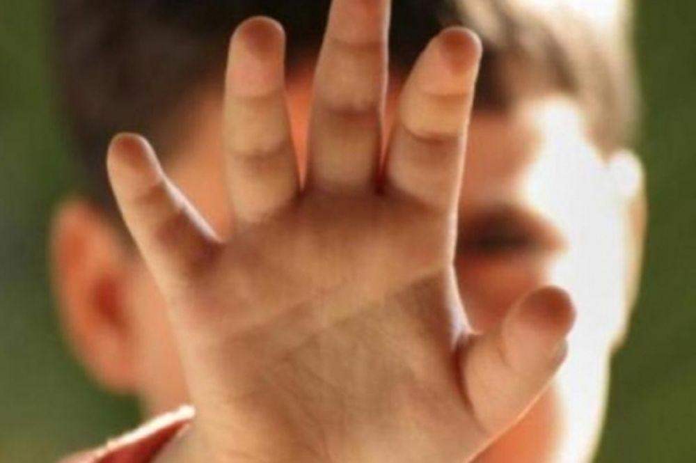 Ανήλικοι ασέλγησαν σε επτάχρονα αδέρφια