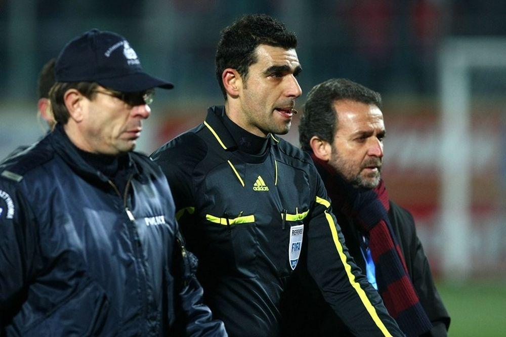 Κωνσταντινέας: «Στο ελληνικό ποδόσφαιρο επικρατεί ο νόμος της μαφίας»