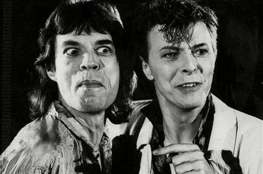 Έπιασε τον Jagger με τον Bowie στο κρεβάτι!