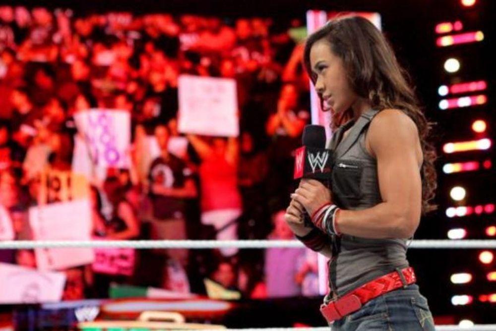 Δύο προτάσεις, αλλά κανένας γάμος στο Raw (video+photos)